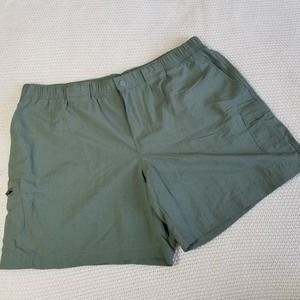 Columbia Nylon Quick Dry Olive Green Shorts L